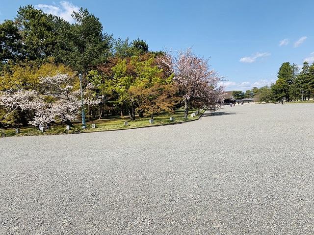 京都御所駐車場