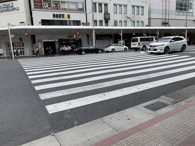 京阪祇園四条駅横断歩道