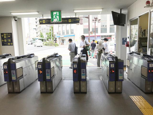 阪急西院駅改札